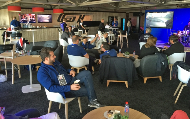 Ford-GT-Lemans-VIP-Suite